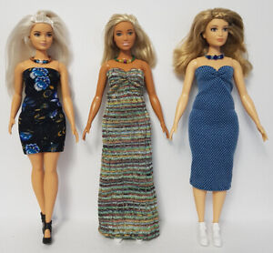Fits-CURVY-BARBIE-Clothes-6-Pce-Lot-of-Dresses-amp-Jewelry-Fashions-NO-DOLLS-d4e-F