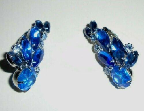 Vtg crescent shaped sapphire color clip earrings - image 1