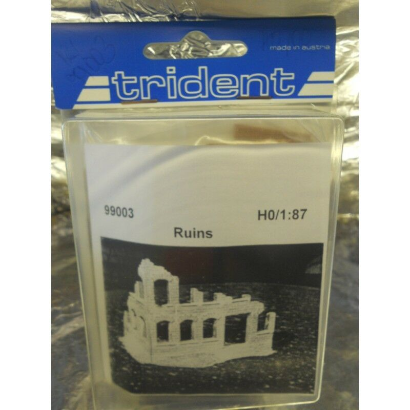 Trident 99003 Ruined Mansion Plastic Kit HO 1 87 Scale