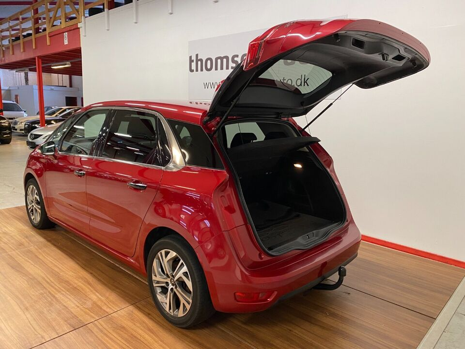Citroën C4 Picasso 1,6 e-HDi 115 Intensive Diesel modelår
