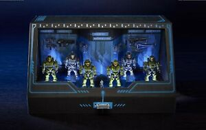Pret-San-Diego-comic-con-MATTEL-Exclusive-Mega-CONSTRUX-Halo-Master-Chief-Micro-Figures