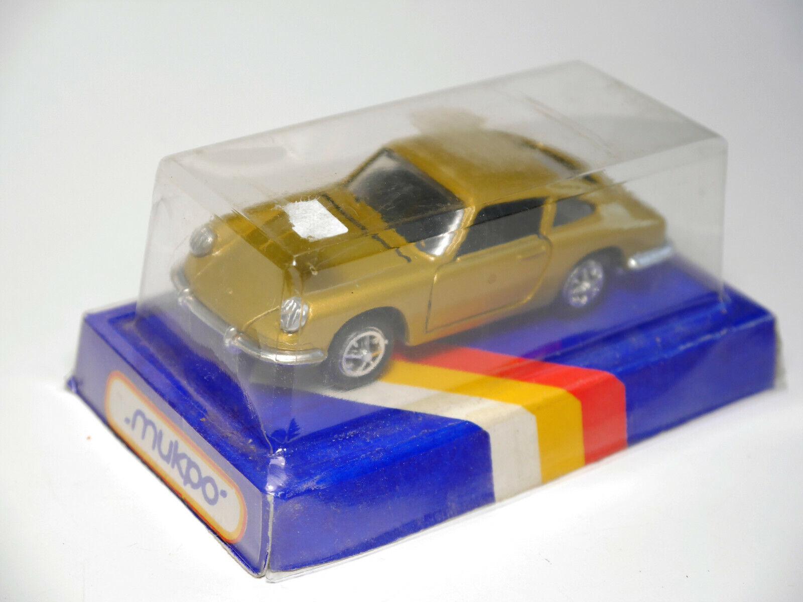 Porsche 911 (911f LWB) oro, gama  973 en 1 42 (algo mayor que 1 43) Boxed