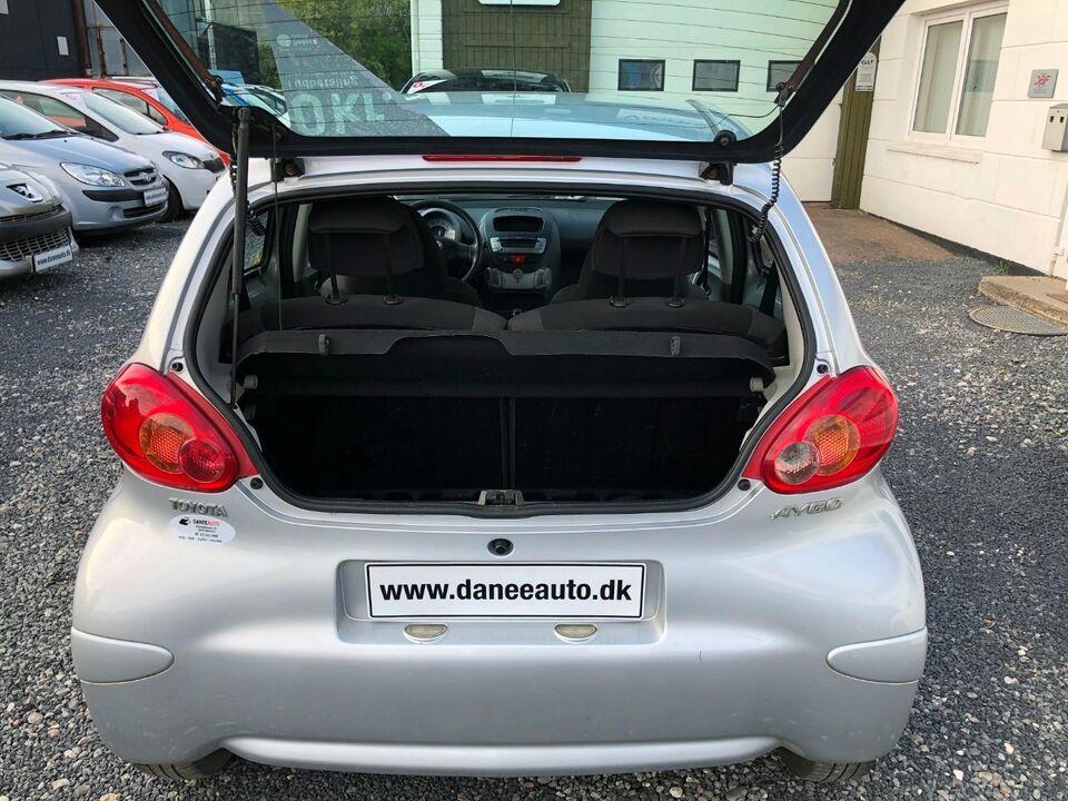 Toyota Aygo 1,0 Plus Benzin modelår 2008 km 141000