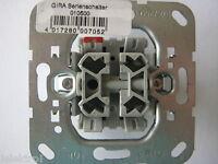 Gira Serienschalter Sockel 010500