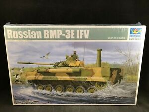 Trumpeter-Russian-BMP-3E-IFV-Combat-Vehicle-1-35-Scale-Plastic-Model-Kit-01530