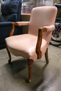 Retro Fairfield Furniture Company Occasional Chair Carved Queen