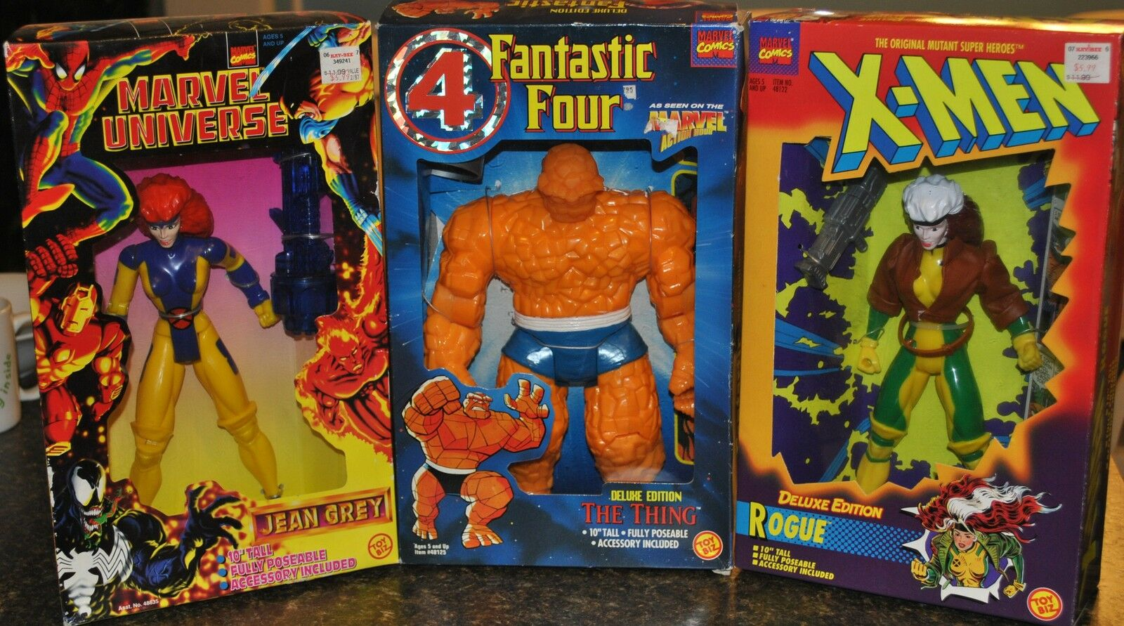 X-MEN WOMAN ROGUE & JEAN GREY WITH THE FANTASTIC FOUR  THE THING  DELUXE EDITION