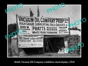 OLD-8x6-HISTORIC-PHOTO-OF-MOBIL-VACUUM-OIL-COMPANY-DISPLAY-STAND-c1910