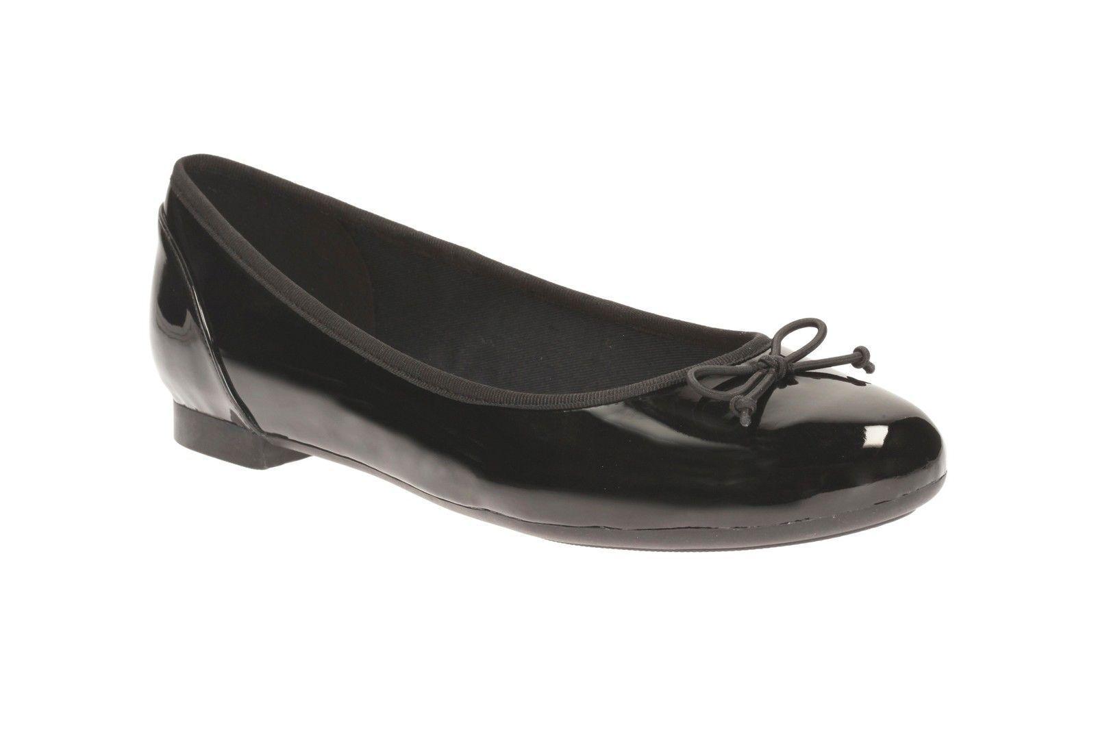 Clarks 'Couture Floraison' Femmes Noir Brevet Décontracté Ballerine Chaussures.