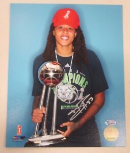 Seimone-Augustus-Autographed-8x10-Photo-Minnesota-Lynx-WNBA-Champ-Signed-Trophy