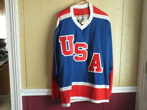 VINTAGE-TEAM-USA-HOCKEY-JERSEY-SIZE-MENS-LARGE-COOPER