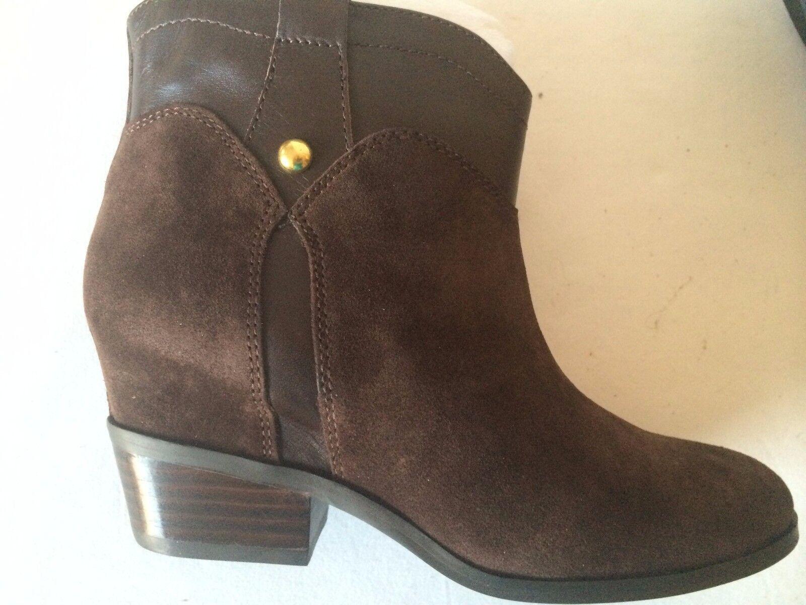 Ivanka Trump Trixie Women's Pull-on Boots