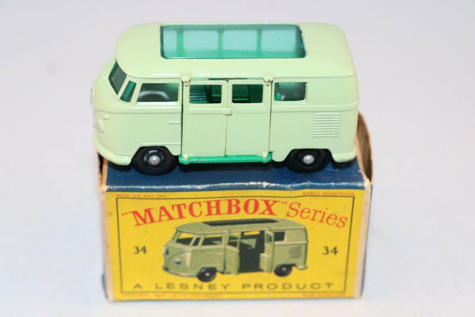 Matchscatola Lesney 34 Volkswagen Camper auto BPW in  very near mint condition