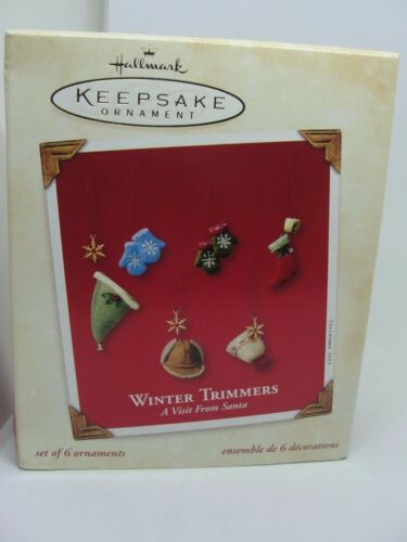 HALLMARK KEEPSAKE ORNAMENT 2003 WINTER TRIMMERS