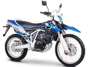 ROMET-CRS-FI-125-ENDURO-oder-SUPERMOTO-125ccm-4-Takt-Motorrad-EURO-4-BRANDNEU