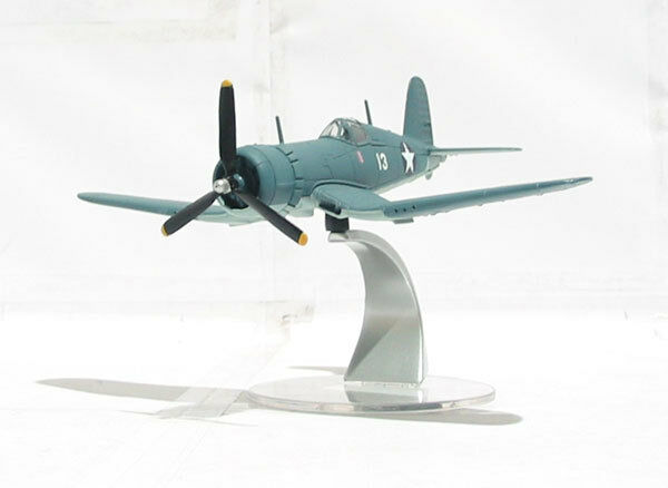 CORGI WARBIRDS WB99606, CHANCE VOUGHT CORSAIR F4U-1, WHITE 13 Lt KENNETH A WALSH