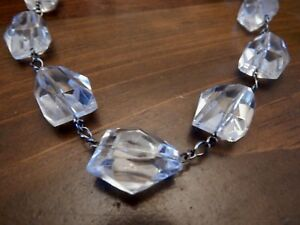 MID-CENTURY-Fabulous-VINTAGE-Huge-LUCITE-ABSTRACT-Bib-MODERNIST-NECKLACE