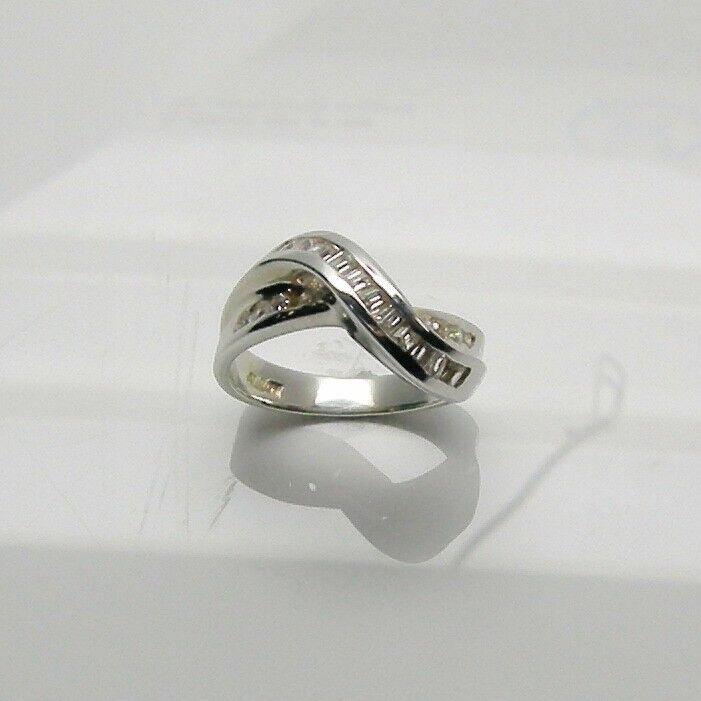 1 CT DIAMONDS LADIES FASHION RING IN 14K WHITE gold