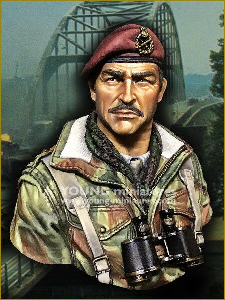 Young Miniatures Red Devils Paratrooper Officer WW2 1 10th YM1870 Unpainted kit