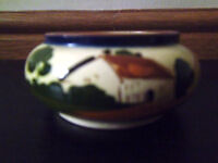 Devon Motto Ware Watcombe Torquay Sugar Bowl 'Waste Not Want Not'