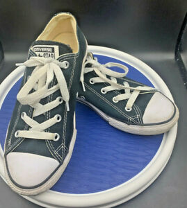 white converse youth size 3