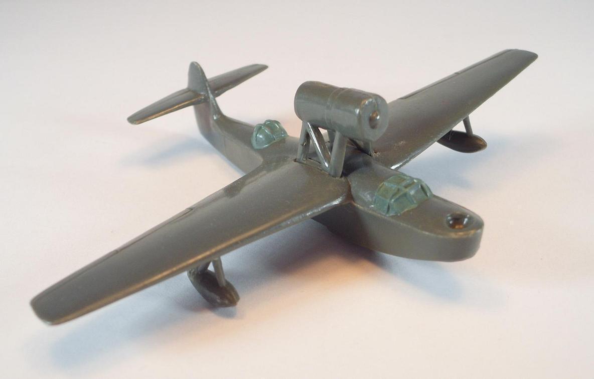 Wiking Flugzeug 1 200 R 8 MBR-2 FlugStiefel grün-grau 40er Jahre  84    Bestellungen Sind Willkommen