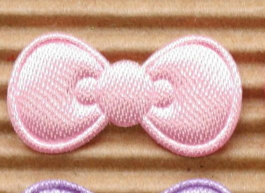 Us seller 150 x 7 8 assorted padded satin bow appliques for hello
