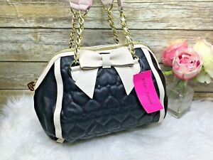 Betsey-Johnson-Be-Mine-Bow-Chain-Black-Beige-Quilted-Purse-Satchel-Bag