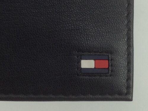 Men/'s TOMMY HILFIGER Brand Black LEATHER PASSCASE BiFold Wallet $58 MSRP 25/%
