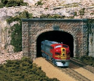 Woodland-Scenics-1-87-HO-Scale-Cut-Stone-Double-Track-Tunnel-Portal-C1257-F-S