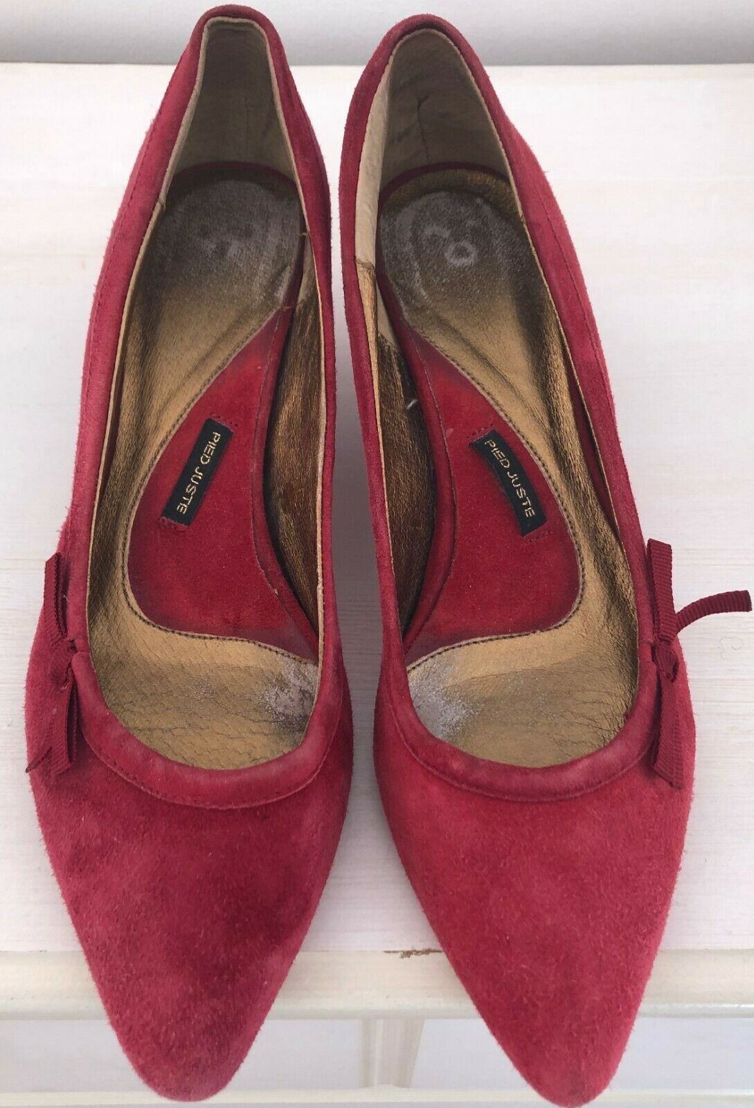 Anthropologie Pied Juste Red Suede Pointed toe Kitten Heels- Size 9