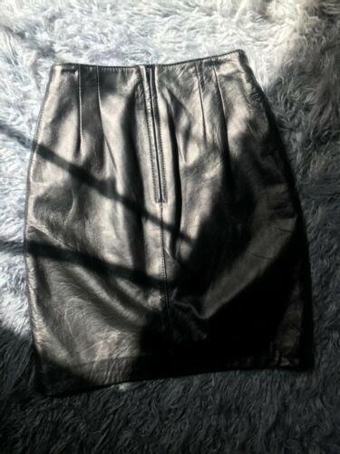 Bagatelle black leather skirt size regular 6
