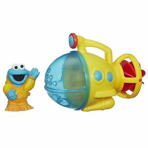 Sesame-Street-Cookie-Monster-Bath-Submarine-Toy