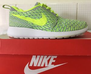 new concept 7e35a 7585f Image is loading NIKE-ROSHE-RUN-FLYKNIT-704927-005-Wmns-US5-