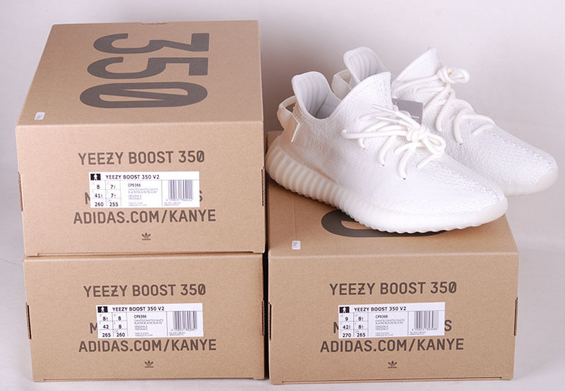New Adidas Yeezy Boost 350 V2 Cream White Japan's version Size US  8.5 /9