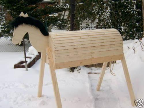 Holzpferd mit mit mit beweglichem Kopf Voltigierpferd 114 cm Mähne Schwarz 7ad5a3