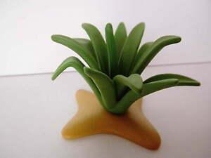 tütPf60-Playmo<wbr/>bil - Pflanze- fleischige Agave auf Sandfläche
