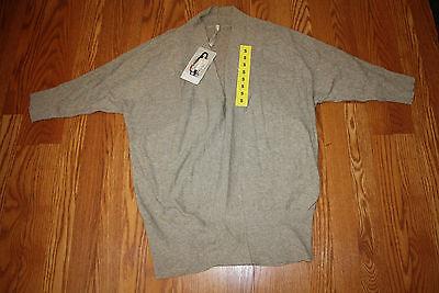 NWT Womens LEO /& NICOLE Shawl Cardigan Short Sweater Oatmeal Half Sleeve  Small