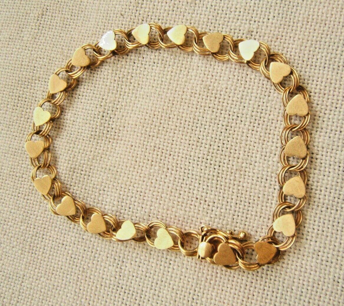 14K gold CHRAM BRACELET WITH HEARTS