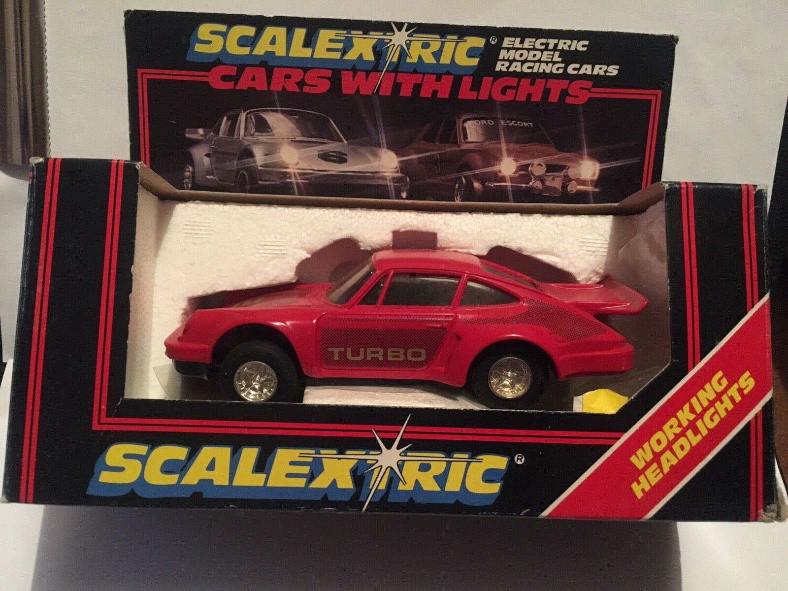 Scalextric C.363 - Porsche Red with Working Headlights - Boxed