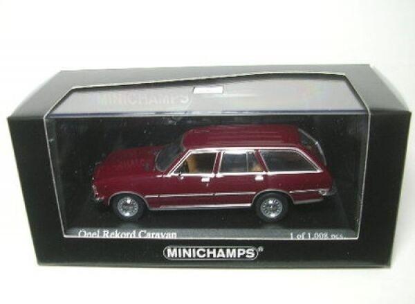 Opel Rekord D Caravan (Royal Red) 1975