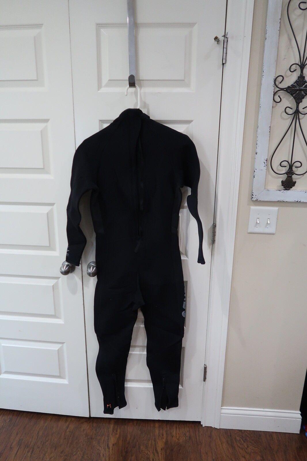 Dark  Star Mens Full Wetsuit Size Medium 3 2 Sherwood Scuba Dive  shop clearance