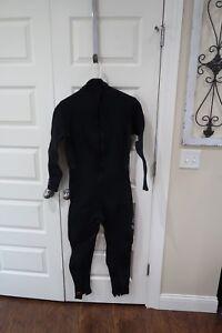 Dark-Star-Mens-Full-Wetsuit-Size-Medium-3-2-Sherwood-Scuba-Dive