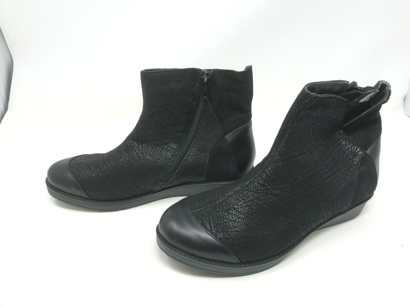 Womens Naot (5000) Loyal Black Crackle Leather Shiny Black Leather Boots  (BX3)