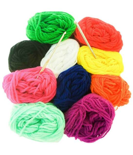Crochet kit: 10 Balls of Cozy Super Wool Yarn + 2 Crochet Hooks US