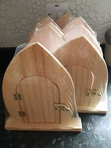 5 X WOODEN FAIRY DOORS- FULLY OPENING DOOR - BLANK PAINT YOUR OWN- PLEASE READ