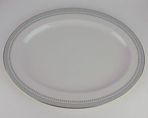 16-034-Oval-Serving-Platter-Royal-Doulton-Berkshire-TC1021-vintage-England