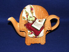 """ROYAL ALBERT """"OLD COUNTRY ROSES"""" PAUL CARDEW WICKER CHAIR DECORATIVE TEAPOT"""