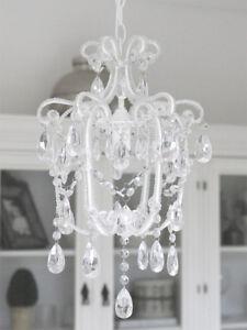 landhaus kronleuchter sophie einarmig wei mit kristallen h44cm l ster lampe ebay. Black Bedroom Furniture Sets. Home Design Ideas