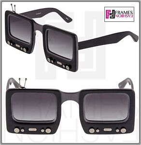 59118d4a4791 LINDA FARROW Jeremy Scott TV SPECS Black Grey Polarized Sunglasses ...